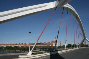 On Puente de la Barqueta
